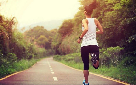 Sport e mal di schiena: miti da sfatare sulla corsa